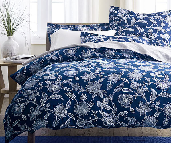 Bed Comforters & Quilt Sets